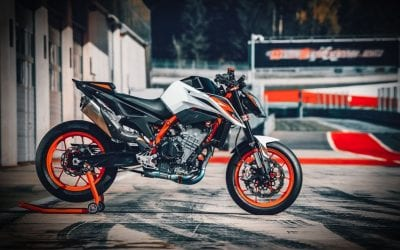 The 2020 KTM 890 Duke R – Sharp just got Sharper