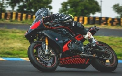 FAQ: How Do I Get Into Motorcycle Racing?